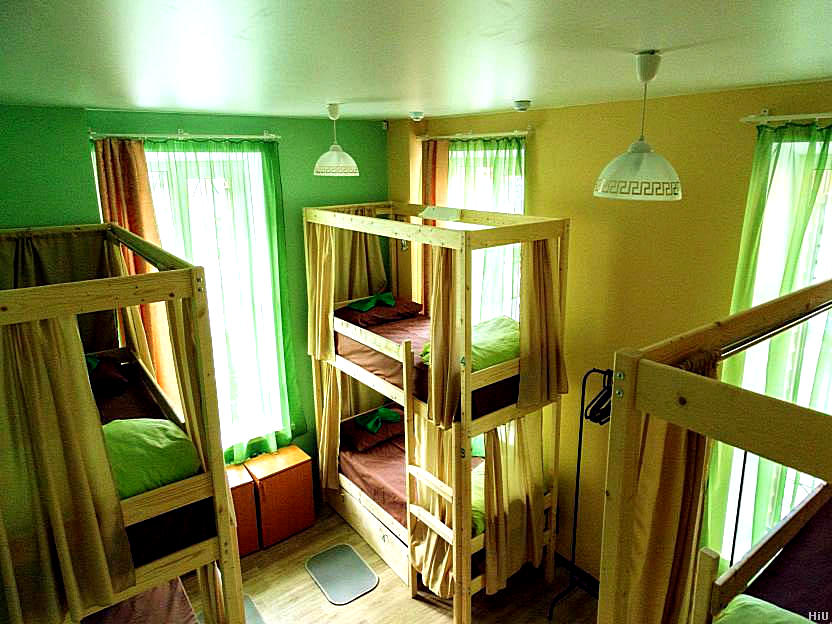 Nice Hostel Room 6 Bed Dormitory